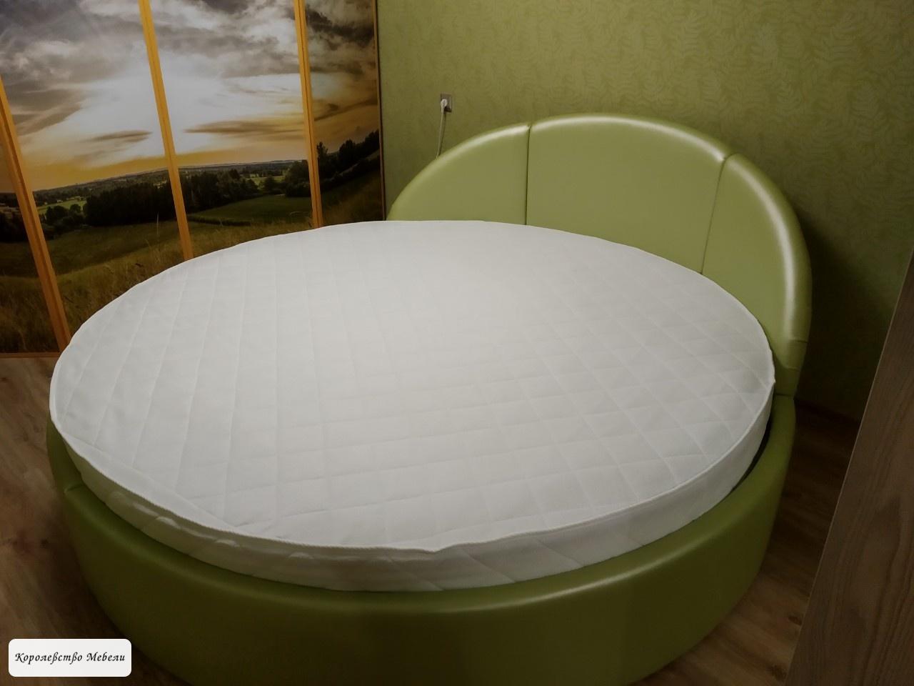 Круглая кровать Скарлет.